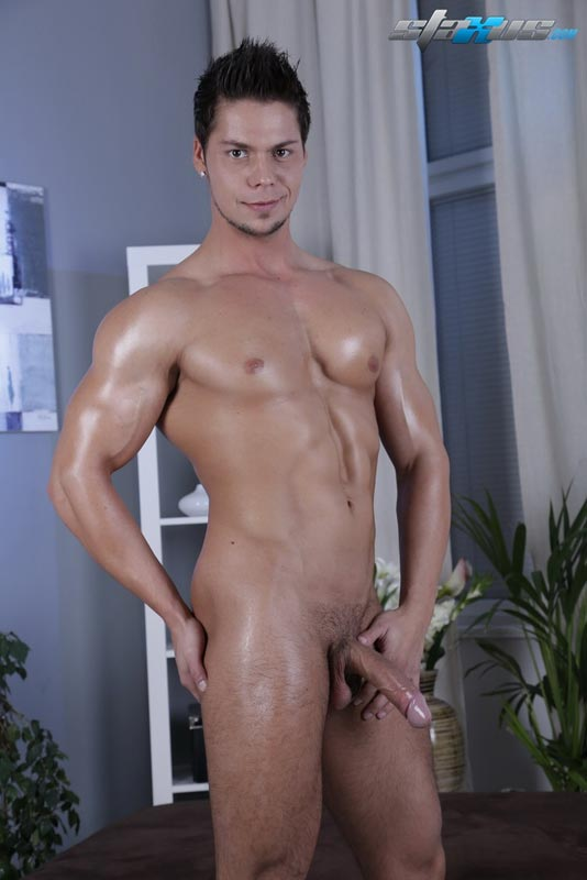 Sexy Stud Gets His Ass Hole Pounded